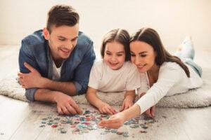 """De ce este important să fii un """"părinte prezent"""" în viața copilului"""